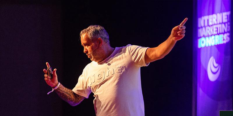 IMK 2019 Ralf Schmitz der Affiliate König bei seinem Vortrag