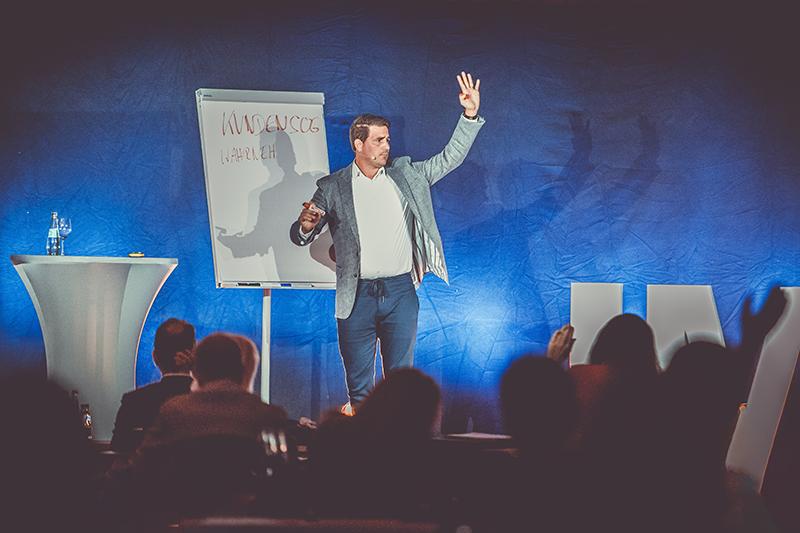 Andreas Klar - Zeit für Klartext auf dem Internet Marketing Kongress 2020 in Berlin